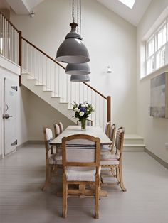 Dining Room Painted In Farrow & Ball Slipper Satin And Hardwick White Farmhouse Dining Room White Paint Colors, Living Dining Room, Room Inspiration, Dining Room Inspiration, Modern Country Style, Best White Paint, Farrow Ball, Home Decor, Country House Decor
