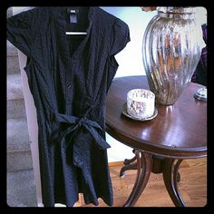 H&M Black Striped Dress In Good Condition