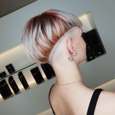 50 Best Pixie Bob Haircuts for Neat Look Beste Haar Modelle Pixie Bob Hairstyles, Pixie Bob Haircut, Short Sassy Haircuts, Bob Haircuts For Women, Undercut Hairstyles, Trending Hairstyles, Layered Haircuts, Short Hairstyles For Women, Curled Hairstyles