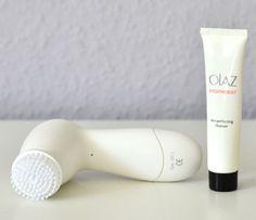 Use a skin brush for a perfect cleansing! Meine liebste Gesichtsreinigungsbürste von Oil of Olaz. Sie wirkt Wunder!