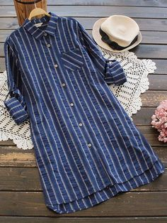 Casual Lapel Striped Long Baggy Blouse for Women can cover your body well, make you more sexy, Newchic offer cheap plus size fashion tops for women. Red Blouses, Blouses For Women, Kpop Fashion Outfits, Hijab Fashion, Fashion Clothes, Casual College Outfits, Kurta Patterns, Flower Shorts, Plus Size Blouses