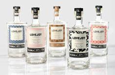 Motifs bouteilles de vodka