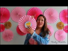 MANUALIDADES YONAIMY - YouTube Cool Paper Crafts, Paper Crafts Origami, Diy And Crafts, Birthday Balloon Decorations, School Decorations, Paper Rosettes, Paper Flowers Diy, Ideas Aniversario, Carnival Birthday