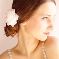 Bridal Rose Hair clip Bridal Flower Wedding Hair di Florentes