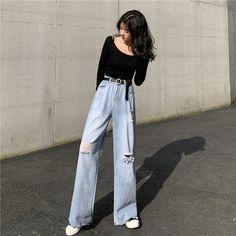 Korean Girl Fashion, Ulzzang Fashion, Korean Street Fashion, Kpop Fashion Outfits, Korean Casual Fashion, 90s Fashion, Cute Casual Outfits, Pretty Outfits, Stylish Outfits