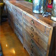 Love refurbished wood.
