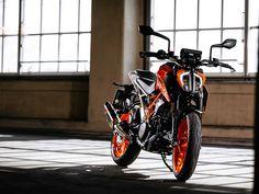 Duke Bike, Ktm Duke, Cars Motorcycles, Devil, Biker, Wheels, Lovers, Vehicles, Photography
