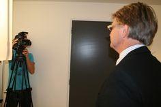 Filmopname van een van de door NVM-voorzitter Ger Hukker ingesproken filmpjes.