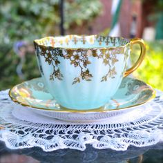 Antique Tea Cup and Saucer fit for a Queen  Paragon by Wicksteads, £24.95