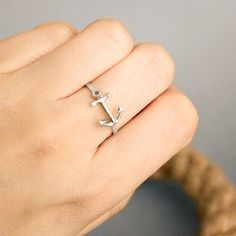 Beautiful and Elegant Anchor Ring! http://beachblissliving.com/beach-resort-jewelry-summer-colors/