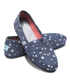 All Toms on zulilly are 40% off now thru Friday! Get your's before they run out!
