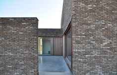 House H by Belgian office Caan Architecten. Nice calm and serene atmosphere.