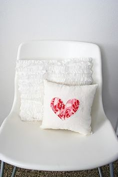 Gathered heart pillow tutorial