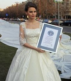 World's longest wedding gown train in Romania sets new Guinness World Records (Video) Long Gown For Wedding, Wedding Dress Train, Black Tie Wedding, Extravagant Wedding Dresses, Romanian Wedding, Bridal Gowns, Wedding Gowns, Wedding Dress Pictures, Guinness World