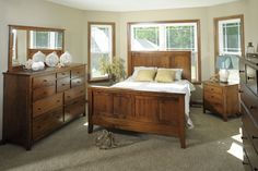 Urban Lifestyles Bedroom Jamestown Square Shaker Bed 31114 - Warehouse Showrooms - Northern Virginia, Alexandria, Arlington, Fairfax, Washin...