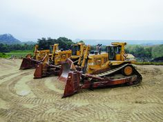 Earthmoving and surface mining equipment selling at unreserved ...
