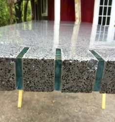 glass inlay edge in concrete counter top