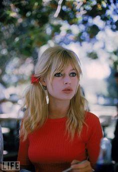 bridgitte bardot - looks like someone I know, Taylor Meecham.