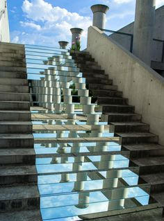 Visual artist Shirin Abedinirad creates stunning mirror installations while traveling the world. Whether she places mirrors on the steps of a staircase in Treviso, Italy, or in the middle of the Central Desert in Iran, her projects look like the sky is to Mirror Stairs, Mirror Art, Hanging Mirrors, Wall Mirrors, Mirror Ideas, Land Art, Art Et Architecture, Installation Architecture, Vintage Architecture