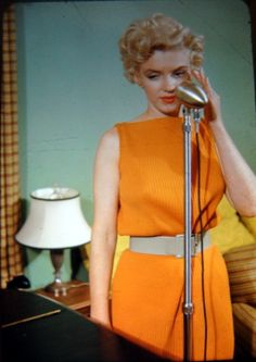 marilynmonroevideoarchives:  Marilyn Monroe april 1954 press conference at Fox studio