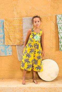 Verão 2017 | A Fábula Fashion Kids, Girl Fashion Style, Little Fashion, Young Fashion, Little Girl Outfits, Cute Outfits For Kids, Baby Girl Dresses, Baby Dress, Romper Pattern