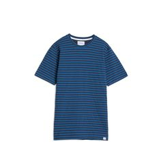 Relaxed fit, lightly brushed jersey t-shirt with a 50/50 classic stripe.  -100% cotton -Relaxed fit -Made in Portugal  Model is 185cm tall and wears size M.