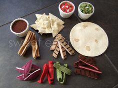 Felt Diy, Felt Crafts, Felt Food Patterns, Taco Dinner, Wooden Food, Felt Play Food, Fake Food, Dinner Sets, Churros