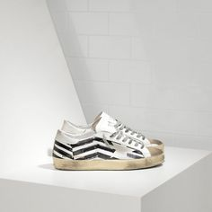2016 Nouvelle Soldes Golden Goose Super Star Chaussures In Leather With Screen Printed Star Homme Blanc Noir Pas Cher En Ligne