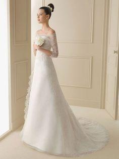 Luna Novias 253 Irma Wedding Dress On Sale – Off - Hochzeitskleid Wedding Dress Train, Wedding Dresses For Sale, Wedding Dress Styles, Bridal Dresses, Wedding Gowns, Lace Wedding, Wedding Cakes, Wedding Rings, Wedding White