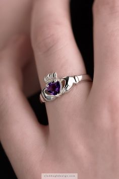 A symbol of love with a vibrant heart shaped purple amethsyt set in solid white gold. Elegant Irish Claddagh design hands for friendship present a perfectly crowned heart to represent your love and your loyalty. Irish Rings, Celtic Wedding Rings, Couple Jewelry, Irish Jewelry, Claddagh Rings, Sea Glass Jewelry, White Gold Rings, Unique Rings, Ring Designs