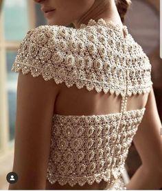 White Pearls Lehenga Blouse Back Design. See more amazing lehenga blouse designs only on Moda Indiana, Stylish Blouse Design, Blouse Patterns, Indian Designer Wear, Blouse Styles, Mode Style, Indian Dresses, Fashion Details, The Dress