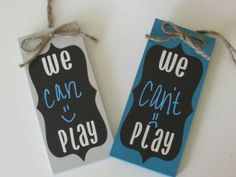 Made these adorable little signs with chalkboard vinyl from PYP! Let the neighborhood kids know whether it's play time or not without the constant interruptions during homework, quiet time and dinner time.
