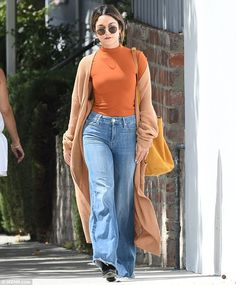 She's got the eye for style! Vanessa Hudgens slipped into autumn appropriate…