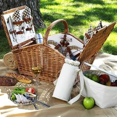 Picnic at Ascot Huntsman English-Style Willow Picnic Basket with Service for 4 w/Coffee Set and Blanket