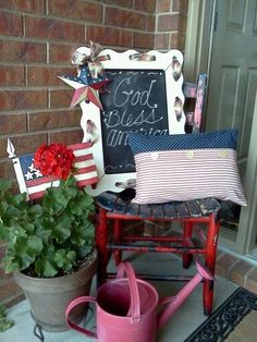Love the idea of a monthly porch display. Excellent justification for visiting the flea market and garage sales, too.