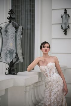 *Inspiration* Not our photo. Our 2018 bridal collection featured in Wedding Essentials Designer Feature series. Click through to view this years collectionbridal gown collection from Filipino designer Hannah Kong. Bohemian Wedding Dresses, Gorgeous Wedding Dress, Designer Wedding Dresses, Wedding Advice, Wedding Planning, Wedding Fun, Bridal Gowns, Wedding Gowns, New York Wedding