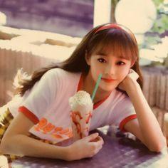 Kpop Boy, Kpop Girls, South Korean Girls, Korean Girl Groups, Your Girl, My Girl, Kpop Girl Bands, Chuu Loona, Olivia Hye