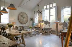 A converted school house inBattersea - desire to inspire - desiretoinspire.net
