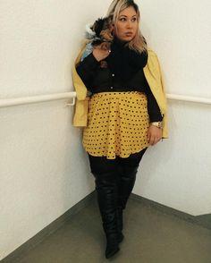 OUTFIT |creditos na tela. #itgirl #fashion #blogueira #yorkshire #amarelo #moda #ootd #outfit #lookdodia #petlovers #instapet #lookbook #fashionista #instafashion #kiu #5k
