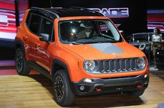 It is time to move on a new perspective of jeep: 2016 Jeep Renegade. This jeep is the smallest product that Chrysler's military-industrial complex produces. Jeep Renegade, Jeep Trailhawk, Fiat 500l, Compare Cars, 2016 Jeep, Chrysler Dodge Jeep, Compact Suv, Jeep Liberty, 4x4 Trucks