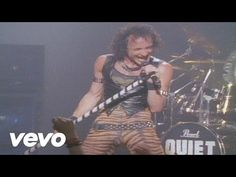 Quiet Riot - Cum On Feel The Noize - YouTube