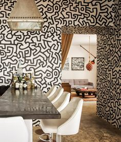 NYC art dealer Lio Malca furnishes beautiful beachside retreat with contemporary…