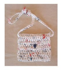 Crochet this cute little purse as a girl's shoulder bag or you can use it for a small shoulder bag for your ID etc.