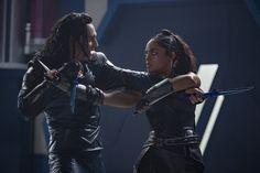 "Tom Hiddleston as ""Loki"" with  Tessa Thompson ""Valkyrie""  in Thor : Ragnarok Via http://tw.weibo.com/2600825323/4140964283418015"
