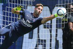 So überraschend sein Wechsel im Sommer von Eintracht Frankfurt zu Paris Saint-Germain auch war, so unumstritten ist Kevin Trapp bei den Franzosen die Nummer eins