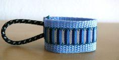 Jacken - SEPPY Reißverschlussanhänger Blaue Streifen - ein Designerstück von DIVENDO bei DaWanda