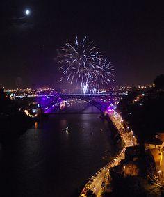 Porto, noite de s. joao (23 de Junho)