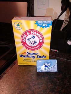 Borax-free laundry detergent recipe - just washing soda & soap!