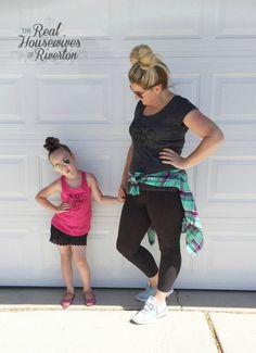 """Free .svg cut file included in post to create this fun """"I'd wanna be me too"""" DIY T-shirt - housewivesofriverton.com"""