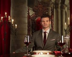 'The Originals' Daniel Gillies Answers Fan Questions Over Dinner and Wine!